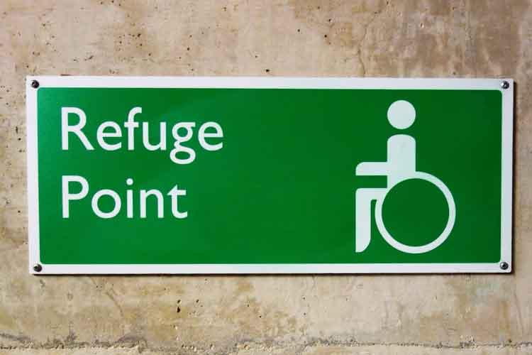 Refuge point sign | Image