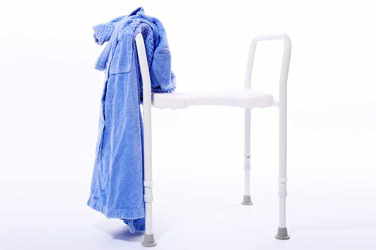 Walking frame and gown | Image