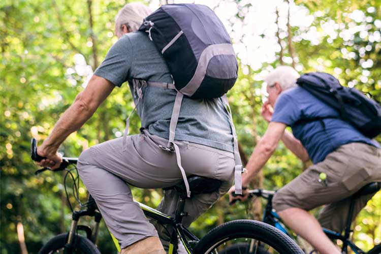 older people bike riding to prevent osteoarthritis