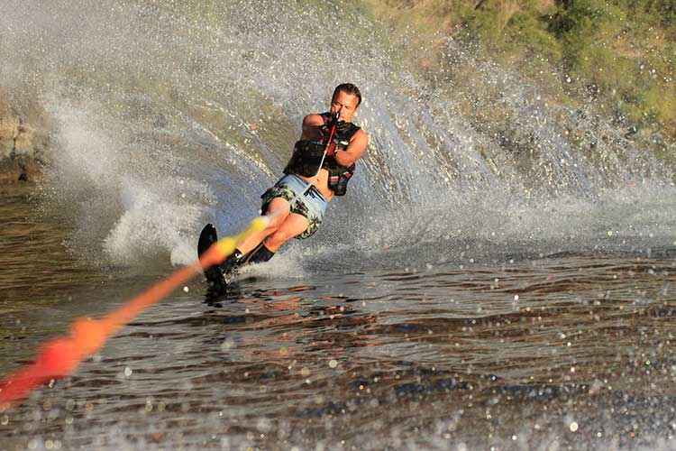 Man water skiing | Image