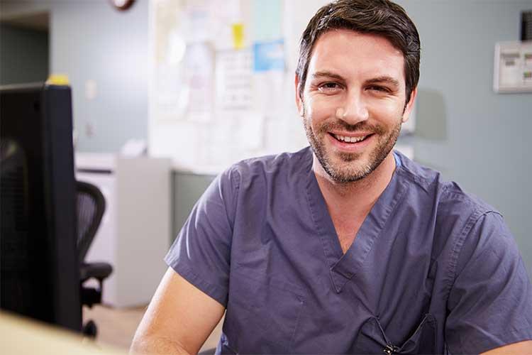 Nurse smiling | Image