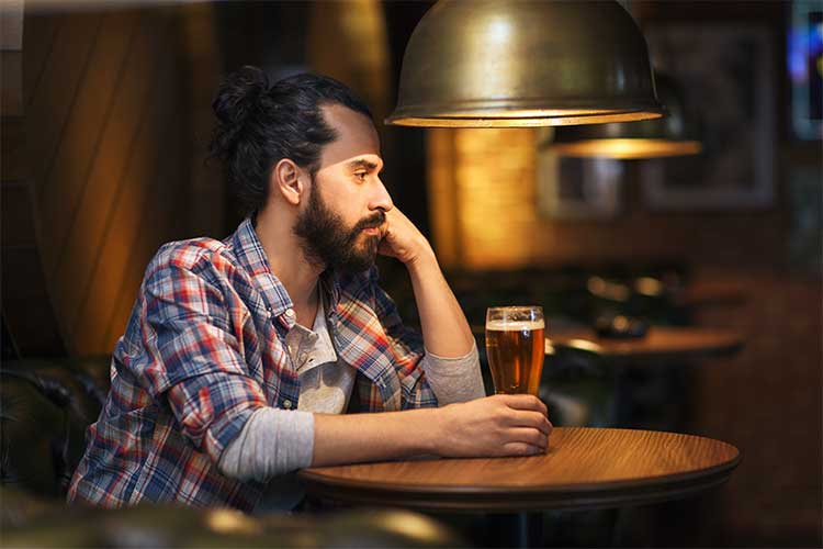 alcholism and alcohol use disorder
