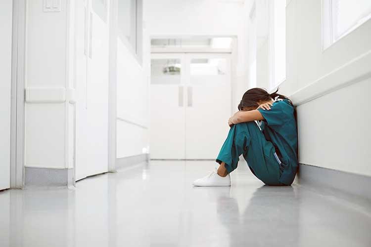 nurse feeling burned out