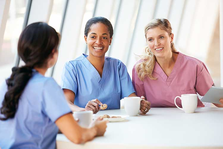 nurses sharing experiences