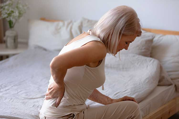 low back pain symptoms