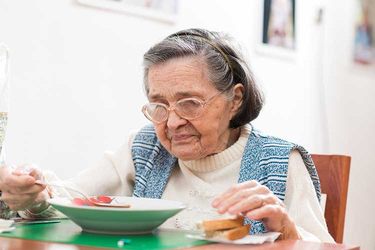 dyspepsia older adults eating