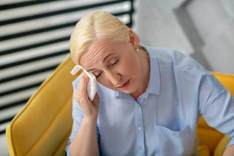menopause vasomotor symptoms hot flush